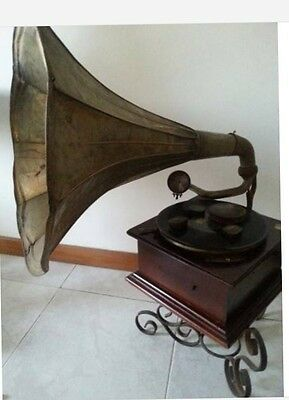 Unique Gramophone in the world !! 19th Century Working with Accesories