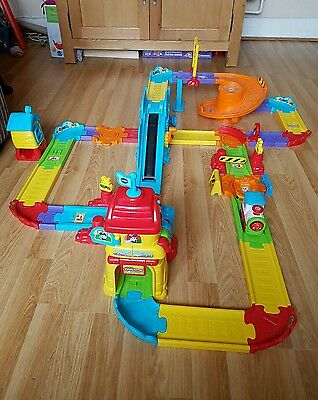 Vtech Toot Toot Drivers Train Station Set