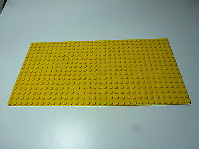 LEGO Yellow Base Plate Board 16 x 32 Part 3857