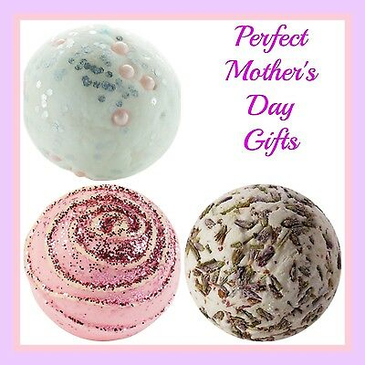 Perfect Mother's Day Gift - 3 Gorgeous Bath Bombs With Free Gift Bag