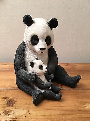 Panda. The Leonardo Collection. Out Of Africa. Hand Painted Resin Ornament