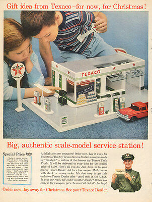 1960 vintage Christmas AD Scale Modeel TEXACO Service Station a great gift 12217
