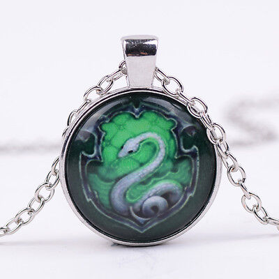 Vintage Green snake Cabochon Glass Tibet Silver Chain Pendant Necklace  AFGV