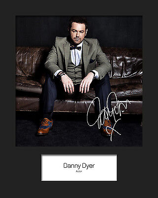 DANNY DYER #1 Signed 10x8 Mounted Photo Print (REPRINT) - FREE DELIVERY