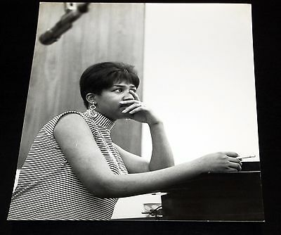 1960's ARETHA FRANKLIN Candid In The Studio Smoking Vintage 8x10 Photo Soul