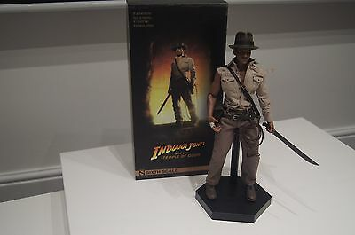 Sideshow Temple of Doom Indiana Jones 1/6 Scale Figure & Hot Toys Leather Jacket