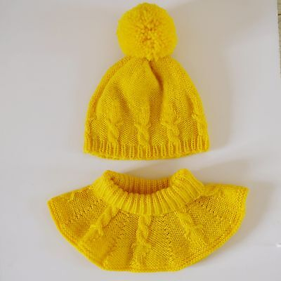 Hand Knitted Cable Crown Hat and Cowl Set (for toddler 12-18 months size)