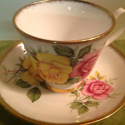 IMPERIAL England TEACUP & SAUCER #804 Gold Green Pink & Yellow Roses