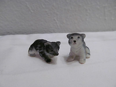 Vtg Miniature Porcelain Ceramic Black Bear Cub Figurines Set Of Two Black Bears