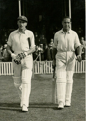Cyril Walters & Herbert Sutcliffe ORIGINAL CENTRAL PRESS PHOTO from 1934 Ashes