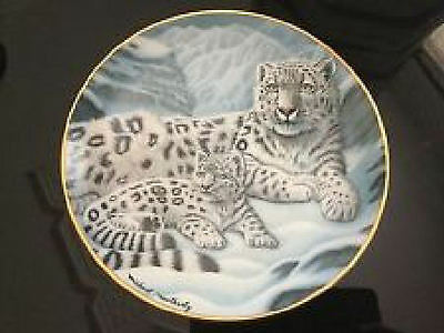 Franklin Plate  #AA 3337  Snow Leopards