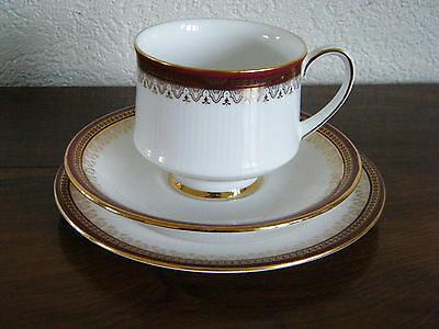 Holyrood Paragon Bone Chine Trio Cup, Saucer and Tea Plate
