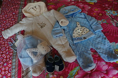 BABY bundle 0-3 MONTHS SNOWSUIT, WINTER SUIT, PRAMSUIT + booties,hat and a gift