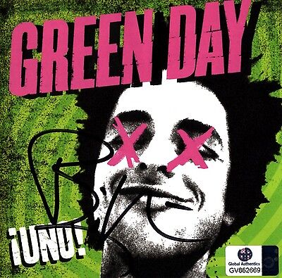 Signed Billie Joe Armstrong Cd Booklet! Coa! Green Day! Uno!