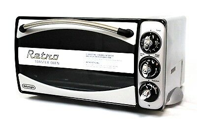 DeLonghi Retro XR640 1500 Watts Toaster Oven New