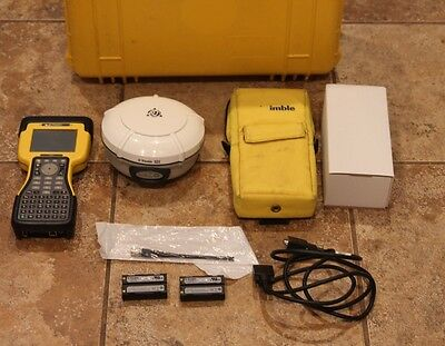 Trimble R8 Model 3 GPS Glonass GNSS 450-470MHz Base Rover Receiver w/ TSC2