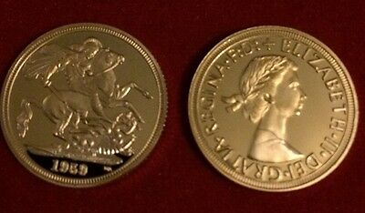 Queen Elizabeth II 1959 2nd 22k Full Soverign Gold Plated Coin Collectors Item