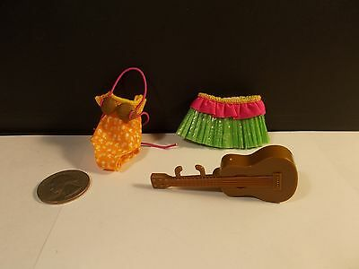 Mattel Chelsea Little Sister Hula Dance  Outfit C14