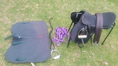 "Wintec 17.5"" All Purpose Saddle With Extras Fully Mouned"