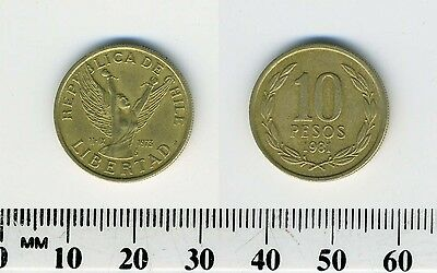 Chile 1981 - 10 Pesos Aluminum-Bronze Coin - Winged figure with arms upraised