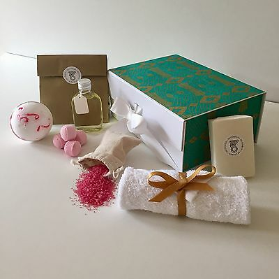 Mother's Day Pamper Gifts Bath Bomb Gift Set Luxury Handmade Aromatherapy Sets