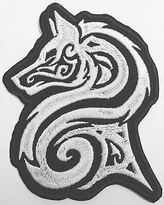 WOLF WITH TRIBAL ROSE Embroidered Patch-0187