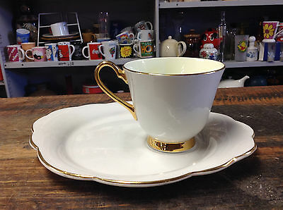 BRT Gorgeous Cream Lemon & Gold Trim Tea Cup Duo Windsor Bone China England