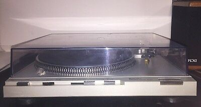 Technics Direct Drive Automatic Turntable System...Model SL-D3 Works