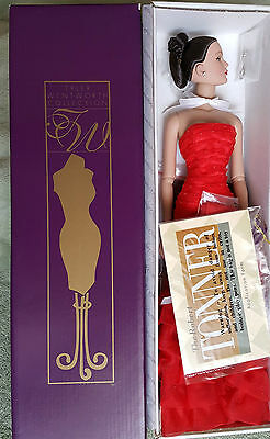 Tonner Tyler Holiday Gala Sydney Doll  Bendy Arms Mint NRFB