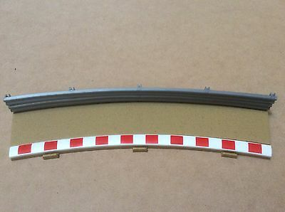 Used 1:32 Scalextric Sport C8238 Radius 4 Outer Track Border And Fence. VGC