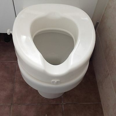 "4"" Raised Toilet Seat Disability GETTING A NEW KNEE OR HIP THIS IS A MUST"