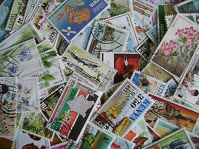 Kenya: Mixture of 250 different stamps off-paper - mix of Mint & Used - AF229