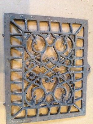 B 32 Antique Cast-Iron Wall Heating  Grate Or Cold Air Return