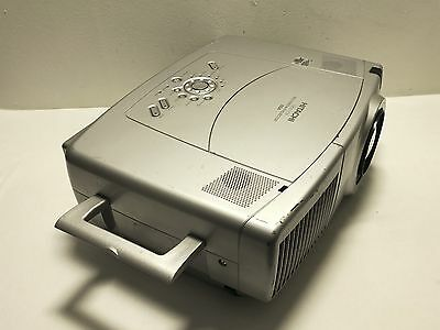 Hitachi Cp-X1250 Xga Multimedia Projector Used 901 Lamp Hours Red Lite  -Ref:997