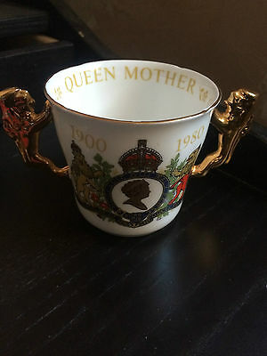 PARAGON WARE FINE BONE CHINA  QUEEN MOTHER 80TH BIRTHDAY Twin Gold Lion handle