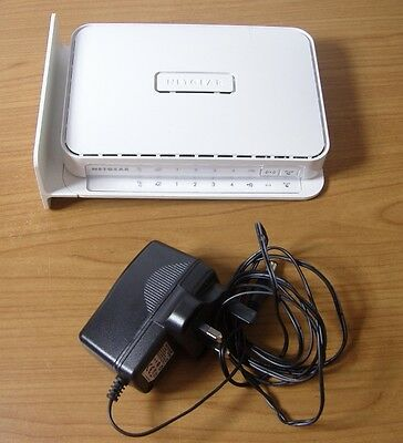 NETGEAR WNR2200 N300 Broadband WiFi Router USED FULLY WORKING & Charger 12V 1.5A