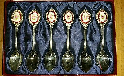 Silver Plated Floral Cameo Handle Teaspoons