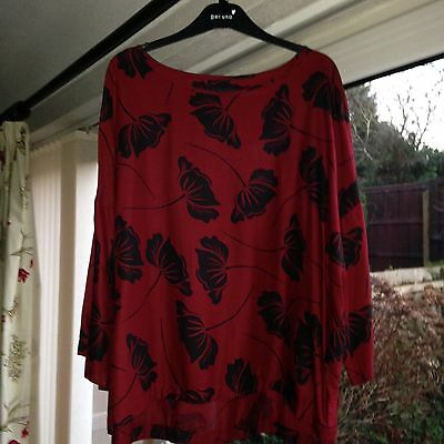 Ladies 3/4  Sleeve Top Red With A Black Floral Pattern Size 22 Marks & Spencer