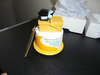 New Hallmark Wizard Of Oz Music Box Plays We`re Off To See The Wizard