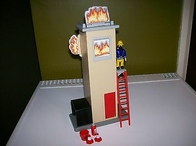 FIREMAN SAM TRAINING TOWER + SAM IN FIRE GEAR + LADDER and EXTRAS