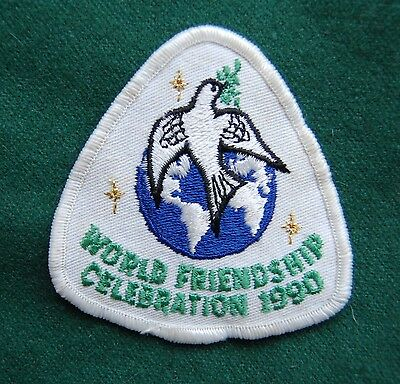 World Friendship Celebration 1990 Patch/Cloth Badge - Dove -  Girl Guides