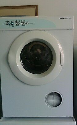 Fisher & Paykel Dryer 5Kg In Good Working Order
