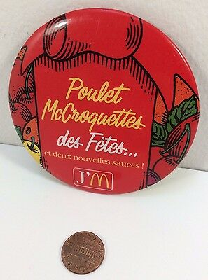 Vintage Mcdonalds Holiday Chicken McNuggets French Canadian button pinback badge