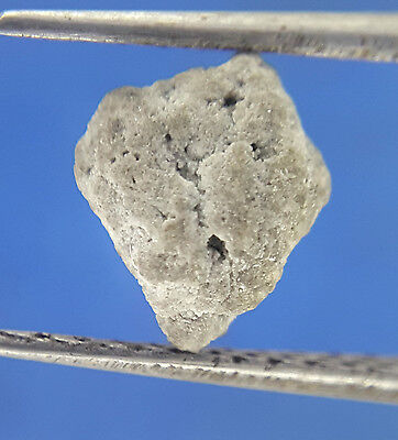 0.71TCW Gray White Sparkling Color Natural shape Loose African Rough Diamond