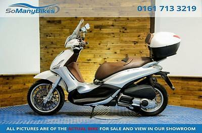 2011 61 Piaggio Beverly 300 - 1 Owner Bike