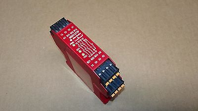 Allen Bradley MSR127TP Safety Relay Series B