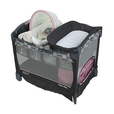 Graco Pack 'n Play with Cuddle Cove Playard (Addison) New