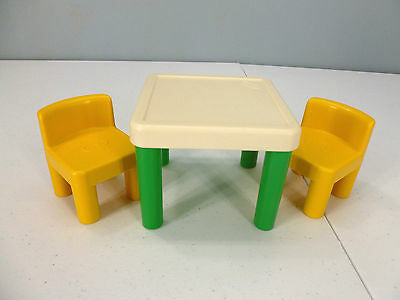 Little Tikes Dollhouse Furniture Table With 2 Chairs
