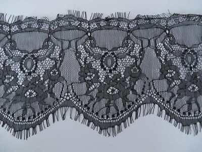 3mts of wide lace trim, double scallop with eyelash edges 14cm black or white