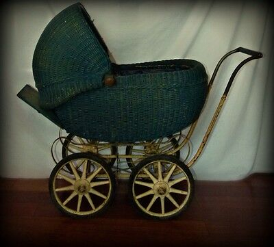 Antique 1914 Blue Wicker Carriage Baby Stroller Buggy Pram Wedding Photo Prop